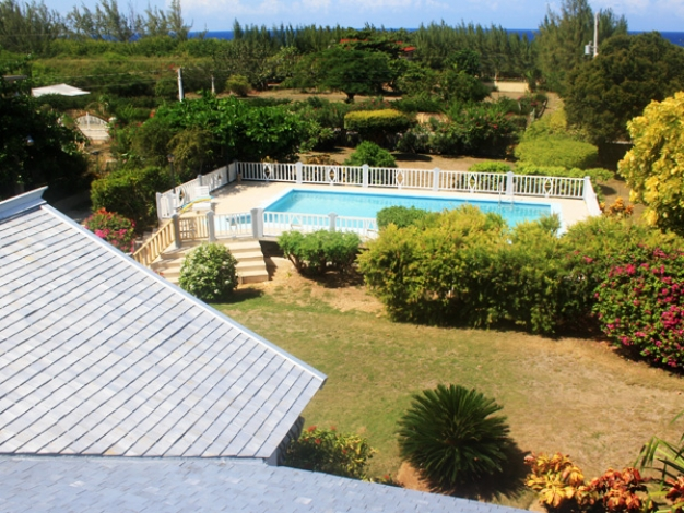 Beau jardin discovery bay holiday villa jamaica caribbean for Beau jardin apartments