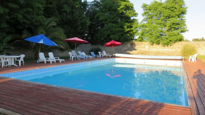 Beach Pool Marennes Holiday Cottage Nouvelle Aquitaine France